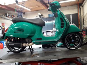 "Vespa GTS  ""little Rocket"""